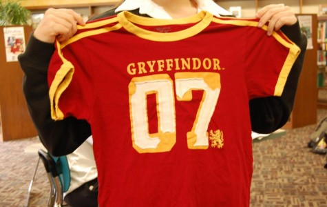 A student models Gryffindor's Qudditch t-shirt from Harry Potter.