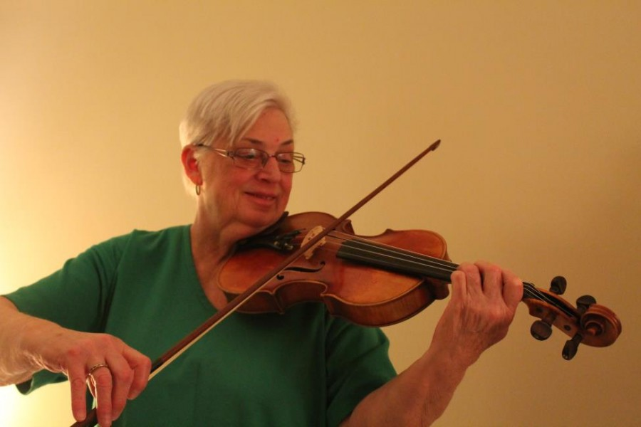 +Mrs.+Marianne+Corrigan+plays+her+favorite+violin+which+she+has+had+for+over+20+years.+
