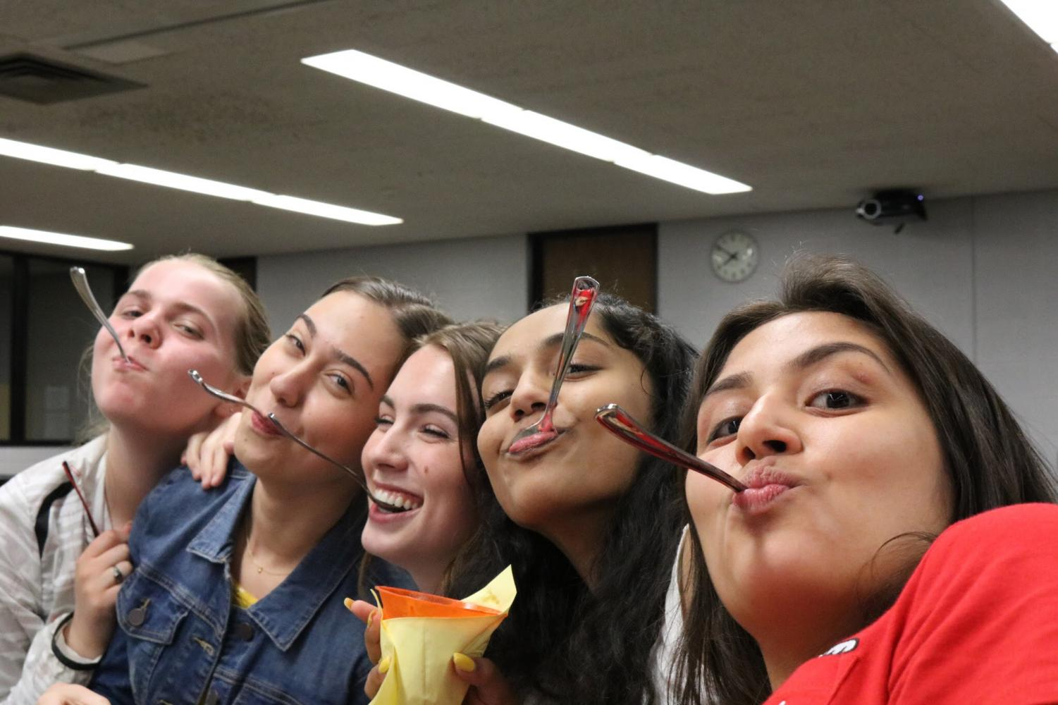 JCL juniors enjoy delicious gelato (from left to right: Maria Cafeo, Olivia Fras, Haley Williams, Priyanka John, and Sofia Mansoor)