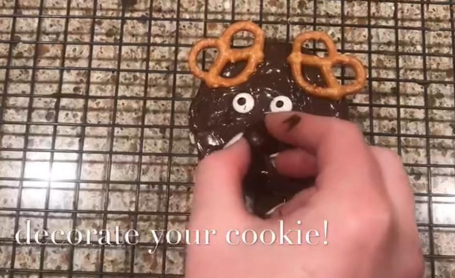 DIY reindeer Christmas cookies