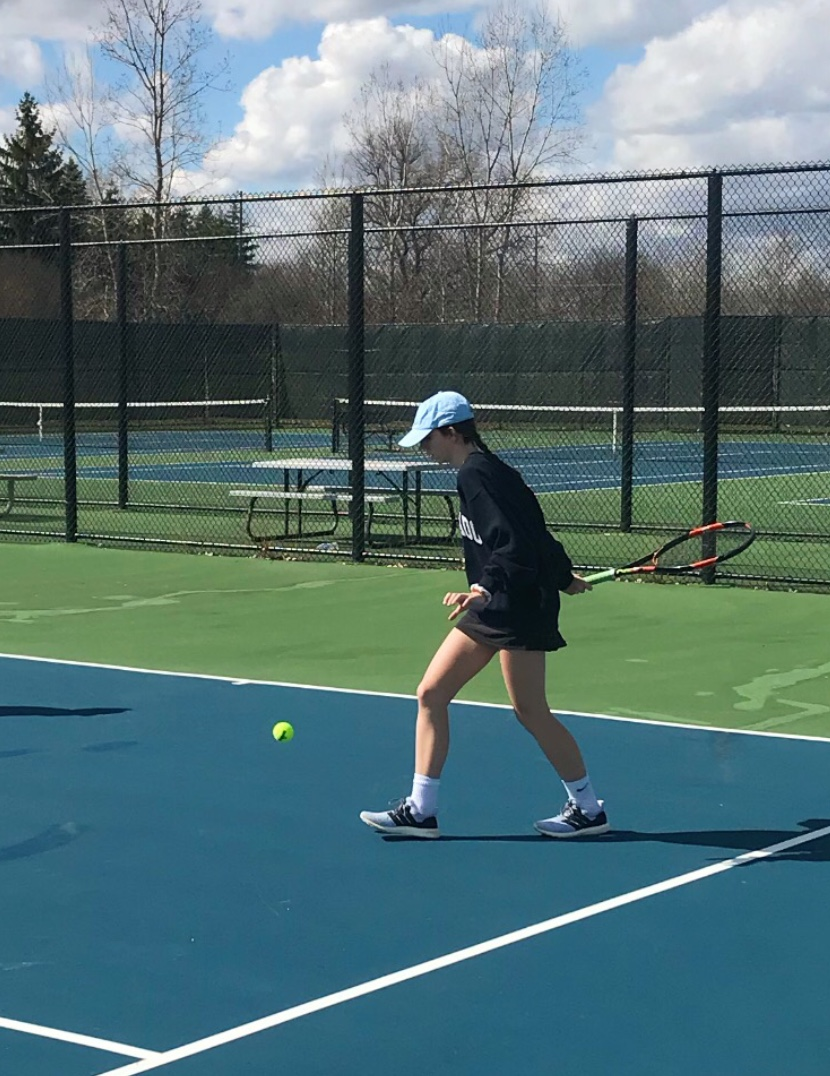 Freshman Maggie McLogan works hard at practice in preparation for the Regional Championship. Photo by Abby Shaw